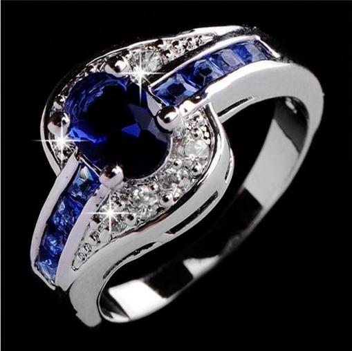 Anel Azul Safira Folheado A Prata Anel De Noivado Feminino - R  20 ... d43acd7cb6