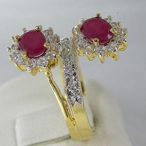 anel banhado a ouro com rubis cz - aro 17