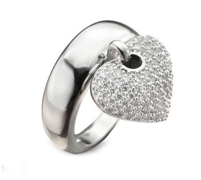 anel berloque coração em ouro branco 18k!!mais brilhantes!!!