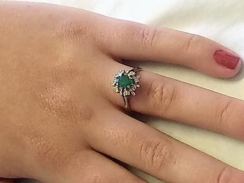 anel chuveiro c/ esmeralda e brilhantes ouro branco 18 k 750