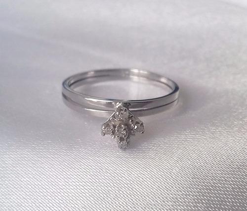 anel chuveiro moderno de ouro branco 18k e brilhantes