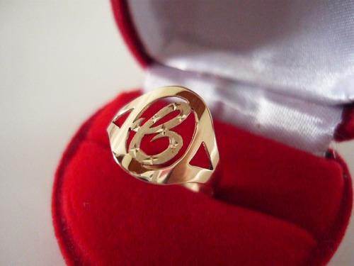 anel com letra de a a z ouro 18 k 750 + brinde