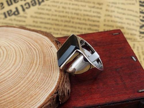 anel comendador  aço banhado prata e pedra ágata