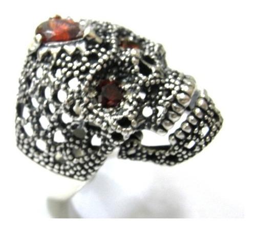 anel cranio skull caveira prata de lei 950 olho de rubi 2145