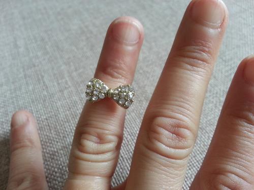 anel de falange lacinho dourado com strass (kit com 2 un.)