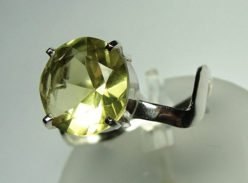 anel de heliodor amarelo em prata 950 redondo imperdivel