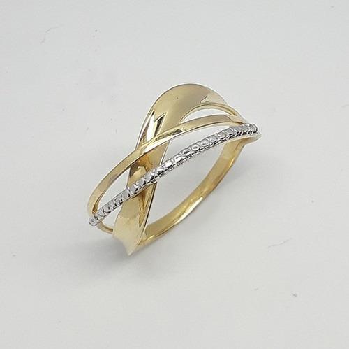 anel de noivado em ouro 18k .