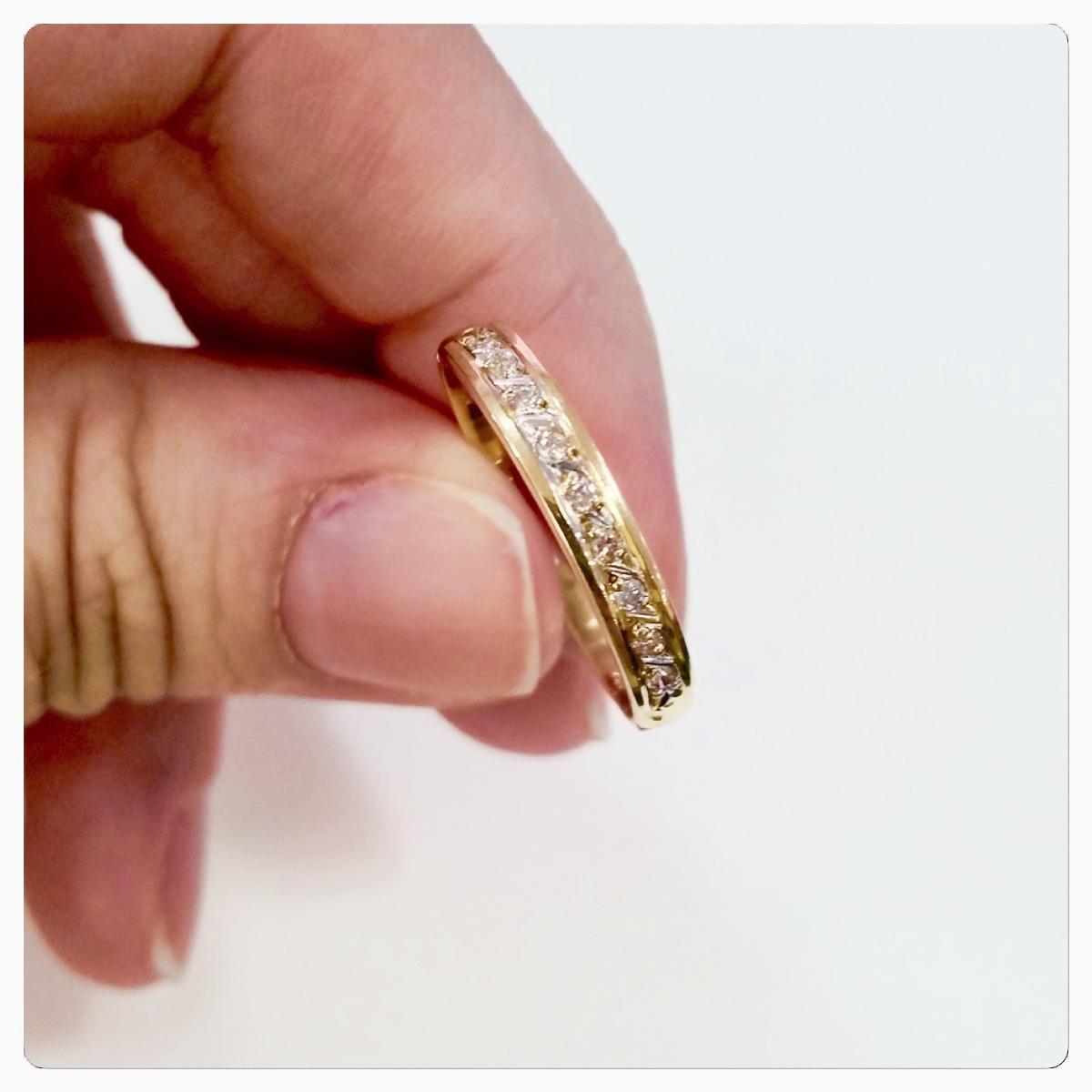 b1b9e763009f8 anel de ouro 18k meia aliança pedra zircônias brilhantes. Carregando zoom.