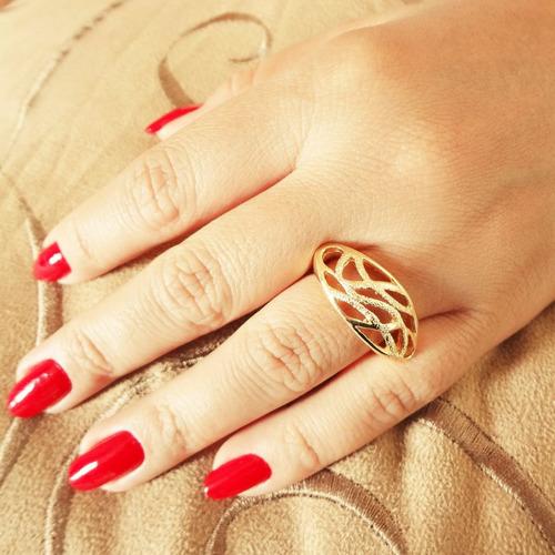anel de ouro folheado 18k aro 17 + caixinha para presente