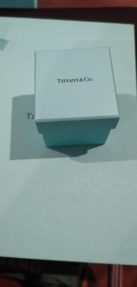 bc5762f0825cc Anel Diamante Tiffany   Co. Nunca Usado