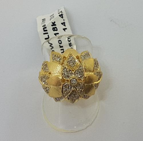 anel em ouro 18k 750 flor com pétalas e muitos brilhantes