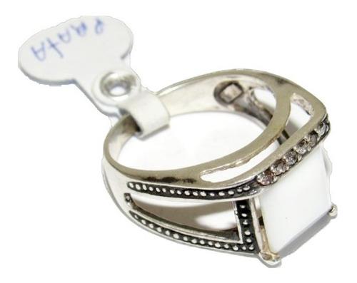anel em prata 950 envelhecida com zircônias e pedra branca