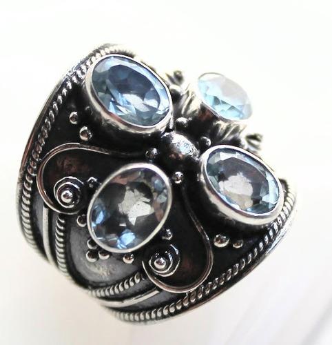 anel em prata com água-marinha