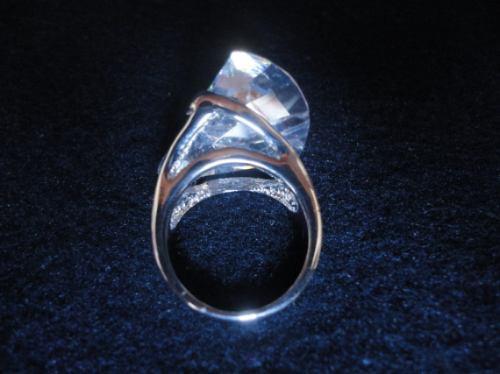 anel em rodiun  feminino