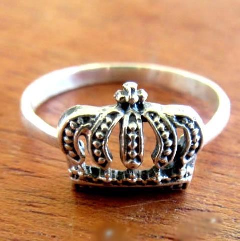 anel estilo pandora prata 925 coroa  real aro 15