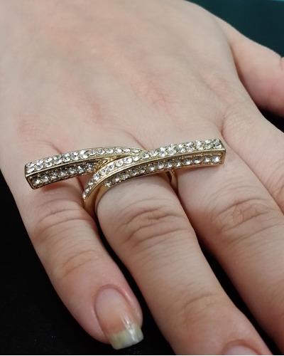anel feminino folheado a ouro 18 k com cristais sw cravejado