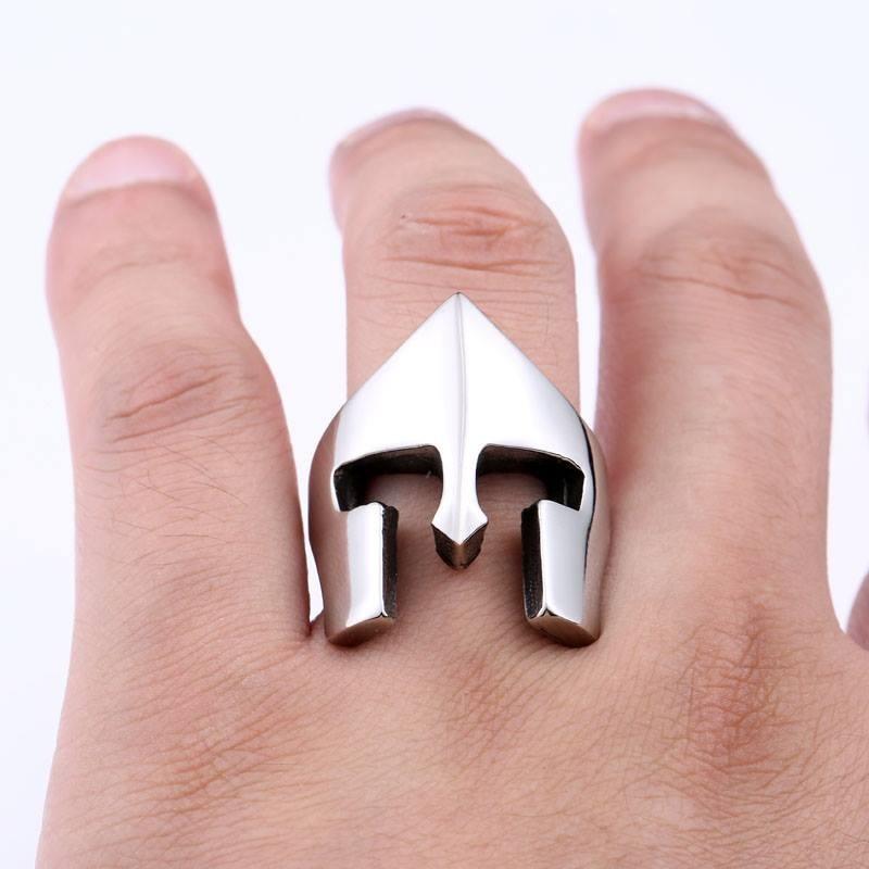 anel masculino capacete spartacus gladiador titânio escovado. Carregando  zoom. d797d8fc50