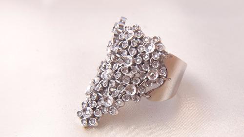 anel pavezão cascata de ouro branco cravejado de brilhantes!
