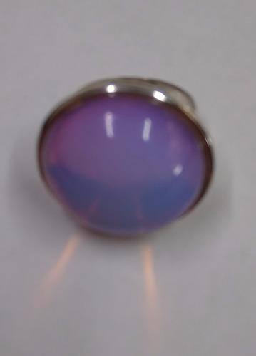 anel pedra da lua rosa