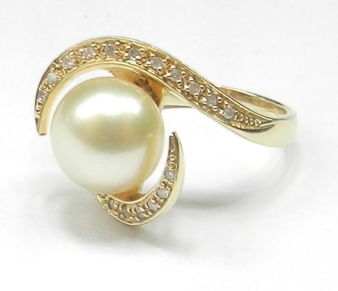 5062b73c5a0b9 Anel Perola Com Diamantes. Ouro 18k. Rubia Colonial Joias - R  2.290 ...