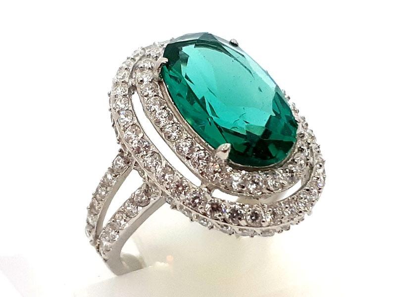 1329b0cf053d8 anel prata 925 cravejado zircônias pedra verde cor turmalina. Carregando  zoom.