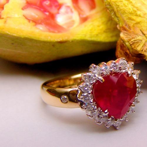 anel rubi coração e diamantes