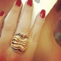 anel semijoia banhado ouro 18k com zircônias negras