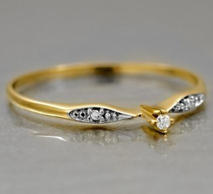 Anel Solitário De Ouro 18k + Diamante De 15 Pontos - R  2.652,39 em ... fcd5ec4324