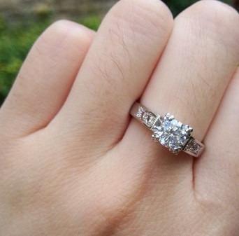 anel solitário feminino noivado ou compromisso banhado ouro