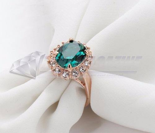 anel solitário italiana com esmeralda e cristais autríacos