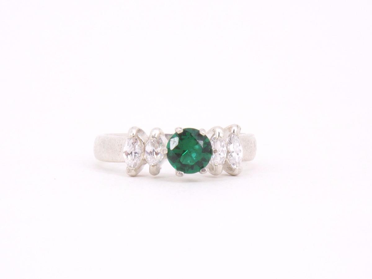 1dc43974a1d4d anel solitário zircônia verde esmeralda em prata 925. Carregando zoom.