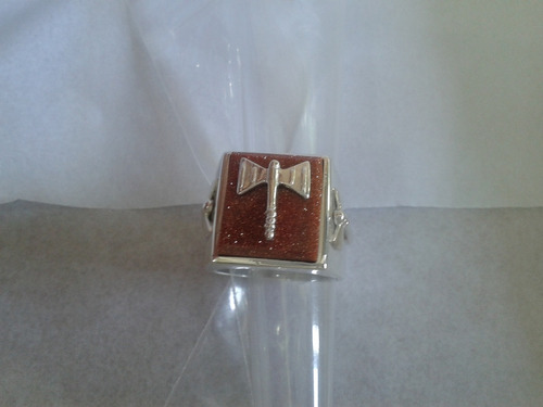 anel xangô com oxes e pedra marrom