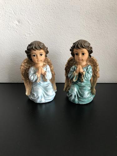 ángel querubín rezando protección