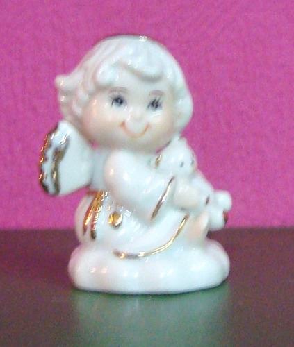 angelito en porcelana española