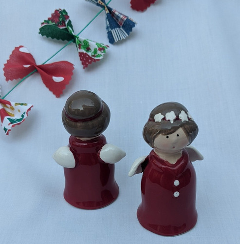 angelitos ceramica rojos pack x2 + tarj navideña de regalo