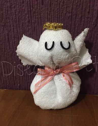 angelitos hechos de toalla