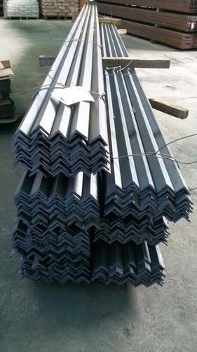 angulo de hierro 40x40x4mm 6 mts
