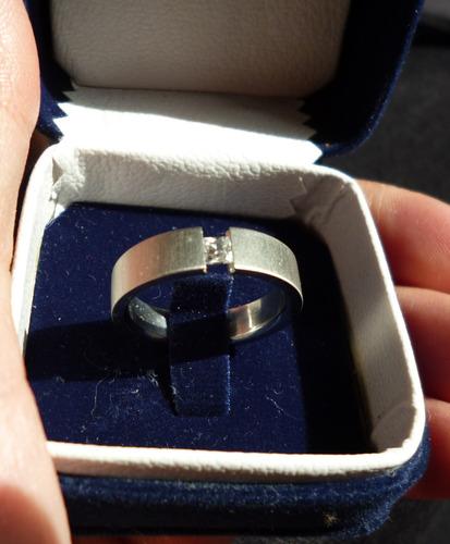 anillo acero circon cuadrado montura al aire talla 7