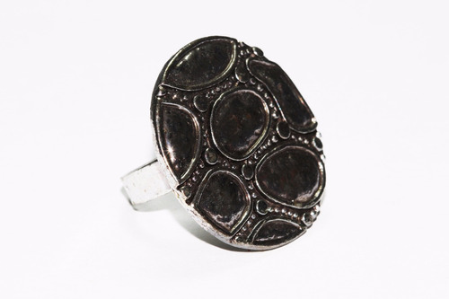 anillo acero dama plateado circular con grabados ase422