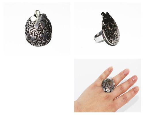anillo acero dama plateado grabados circular y flores ase303
