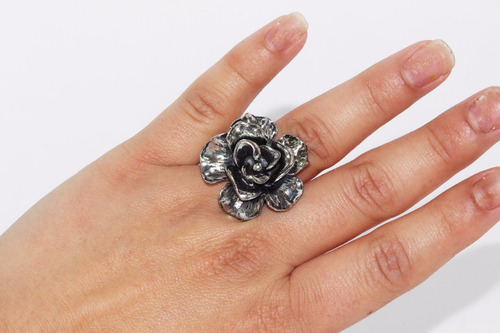 anillo acero  dama vintage plateado flor ase336