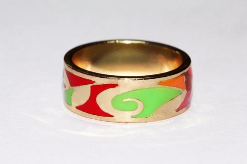 anillo acero dorado figuras mujer vintage tribales ase260