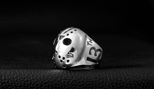 anillo acero inoxidable viernes 13 jason color plata hombre