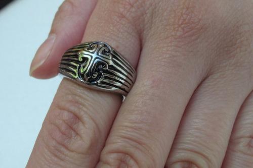 anillo acero quirurgico cruz templarios, nuevo en estuche.