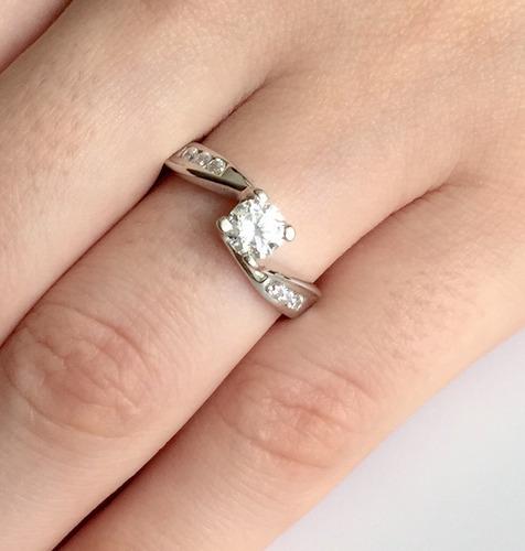 anillo argentium sterling silver con brillante cz aria