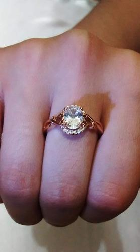 anillo bañado en oro de 18k con circón ruso