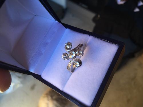 anillo brillantes oro