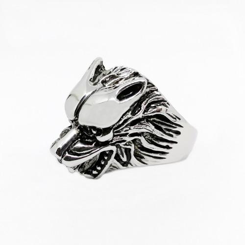 anillo cabeza de lobo