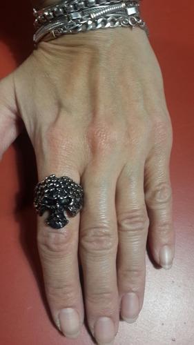 anillo calavera acero quirurgico único