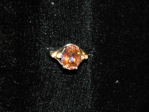 anillo chapa de plata con topacio mistico